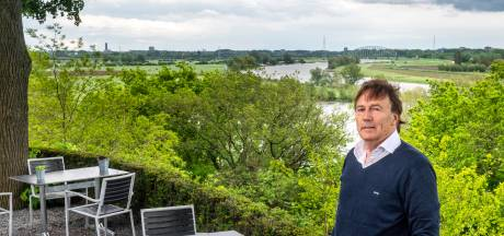 Tom Janssen beheert het restaurant met het mooiste uitzicht: 'Dit is de plek die operatie Market Garden laat zien'