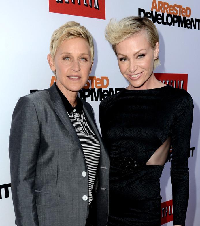 Ellen Degeneres (L) en haar vrouw Portia de Rossi