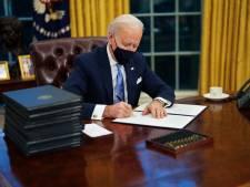 President Biden haalt 'Coca-Cola light-knopje' van Trump weg