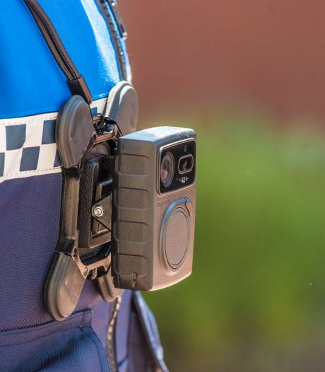 Utrechtse boa's vanaf zondag allemaal uitgerust met bodycam