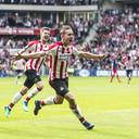 Luuk de Jong scoort de 2-0 in de kampioenswedstrijd tegen Ajax in het seizoen 2017/2018.