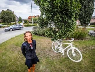 """Gemeenteraad vol emotie in Diksmuide, na de dood van schepen Jan: """"Wij huilen diep vanbinnen"""""""