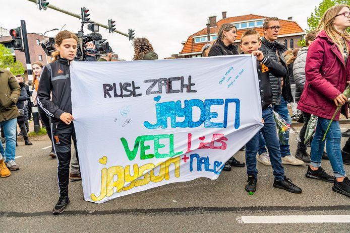 De stille tocht voor de overleden Jayden (12).