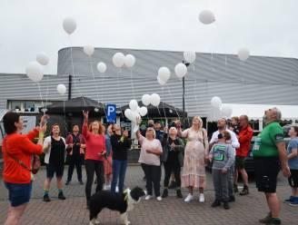 "Streekgenoten wandelen en laten ballonnen op voor sterrenkindje Luíz, mama Lynn ontroerd: ""Erkenning dat ons zoontje heeft bestaan"""