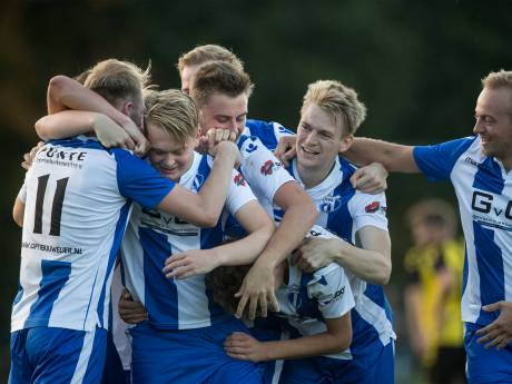 VVG'25 en Ulftse Boys verder in Achterhoek Cup