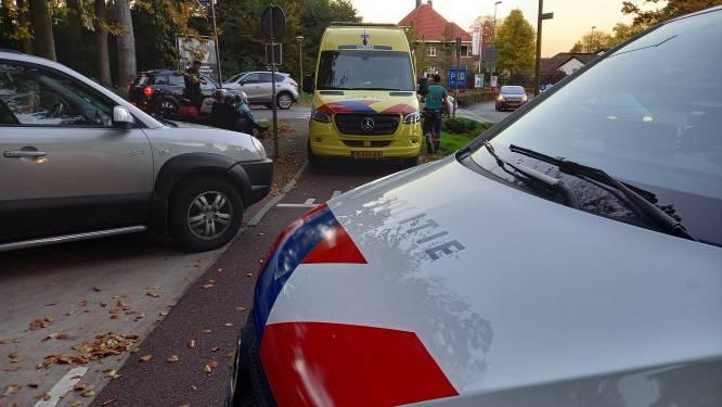 Bejaarde fietsster op e-bike gewond door botsing in Groesbeek
