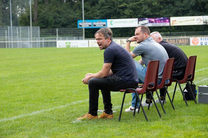 Hubert van den Hemel (links) met naast hem zijn assistent Tom Nieuwelink