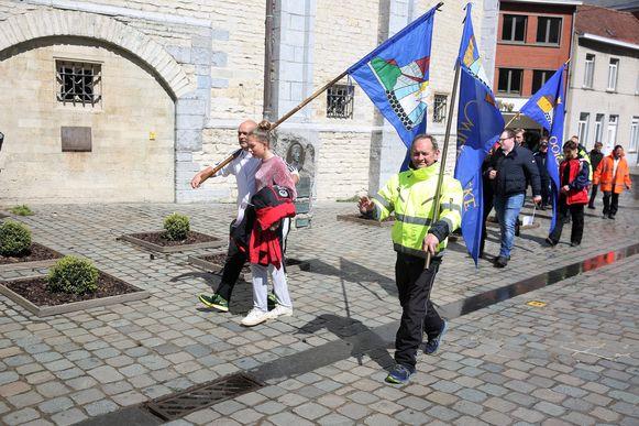 Zaterdagmiddag stapten de bedevaarders uit Wielsbeke als eerste grote groep het centrum van Halle binnen.