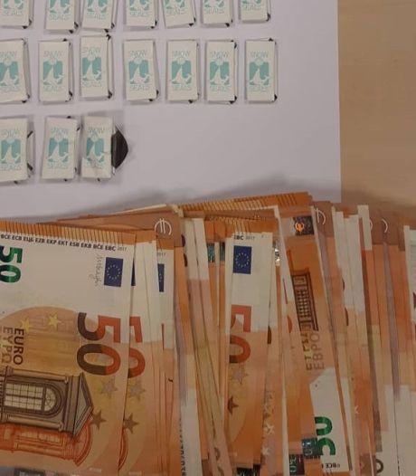 Minderjarige cokedealer met honderden euro's op zak gepakt in Nuenen