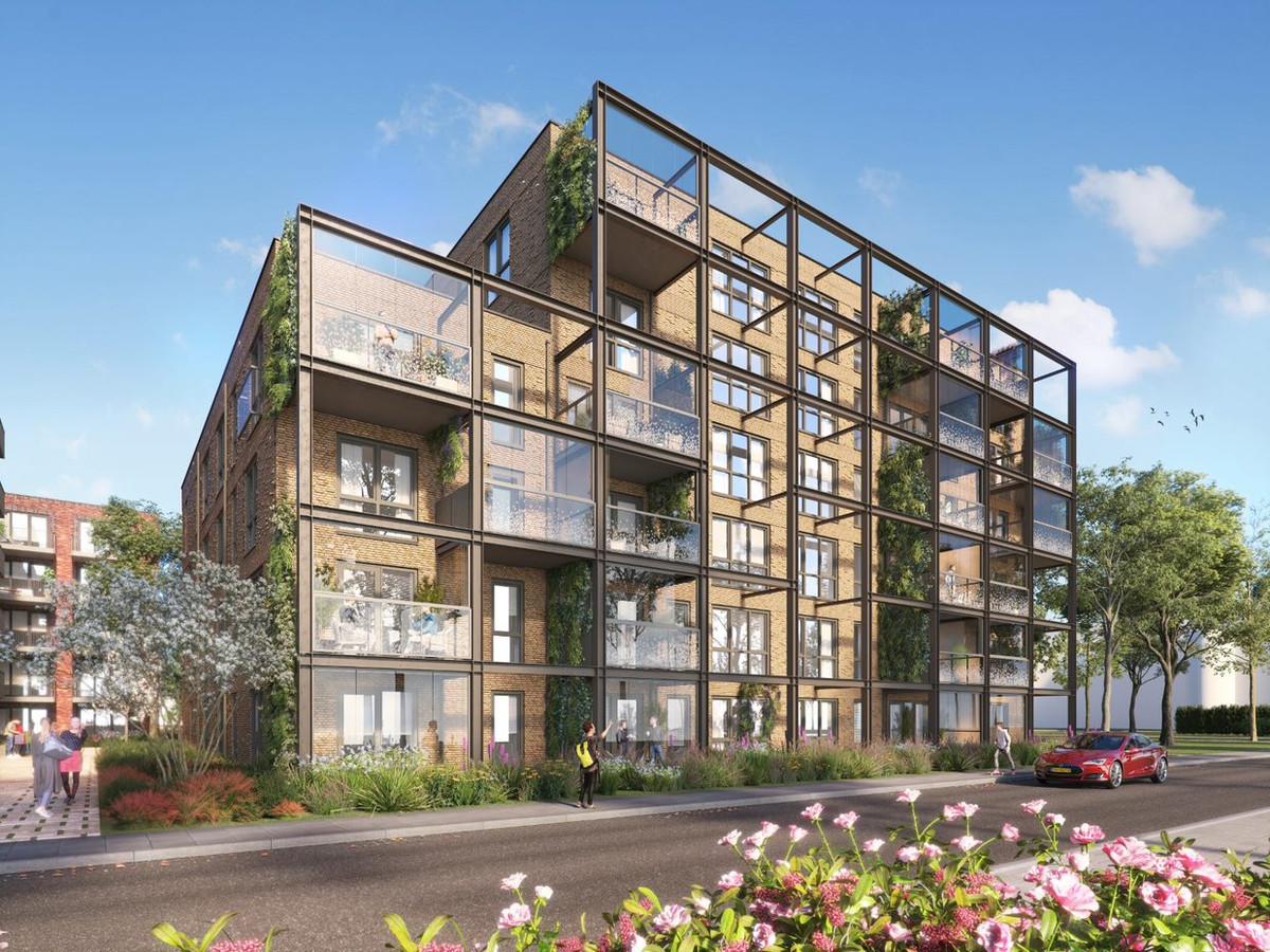 Bouwen op het terrein bij het centrum van Woerden waar tot voor kort het FNV-gebouw stond.