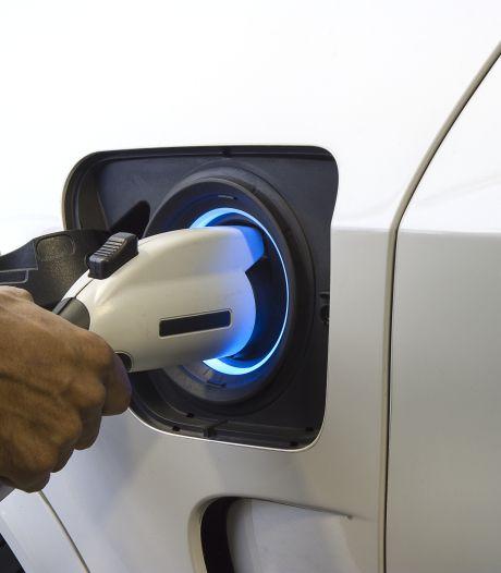 'Betaal je voor een plug-in hybride straks veel meer wegenbelasting?'