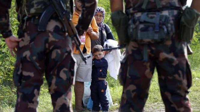 Moslimkledij en oproep tot gebed verboden: Hongaars dorp wil blank utopia worden