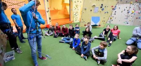 De Brusjesclub in Eindhoven is het 'enige voordeel van een gehandicapt zusje'