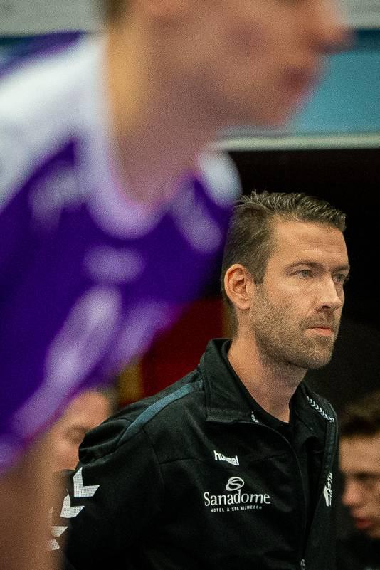 Een geconcentreerde blik bij Vocasa-coach Joost Joosten. Archiefbeeld.