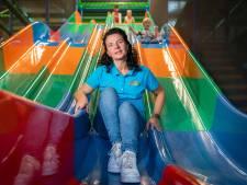 Midgetgolfen en kegelen bij indoorspeelparadijs Monkey Town