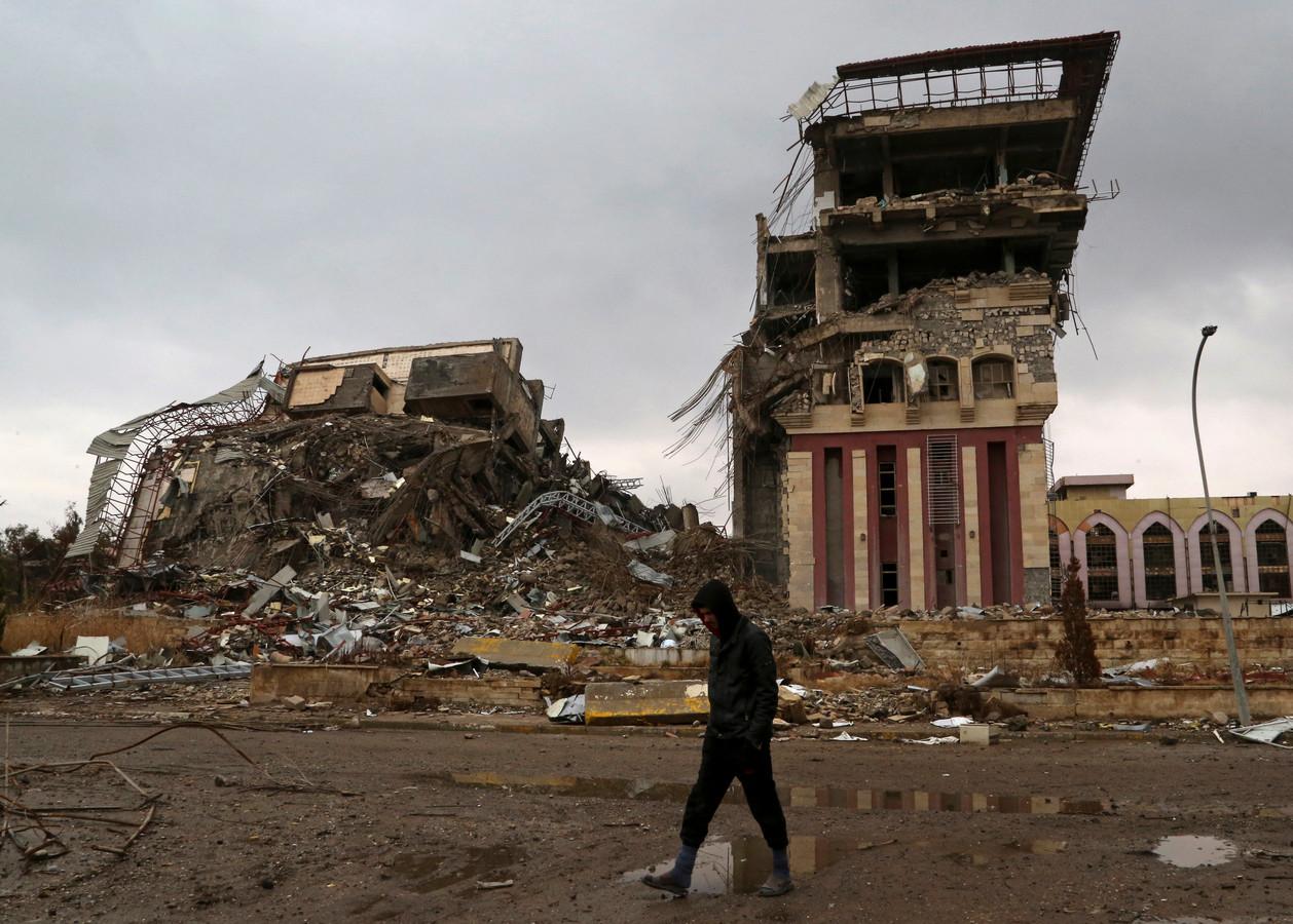 De vernielde gebouwen van de universiteit van Mosoel.