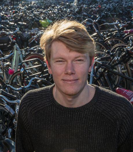 Jilt Jorritsma uit Eindhoven debuteert met mysterieuze roman: 'Iedereen mag er zijn eigen verhaal in lezen'