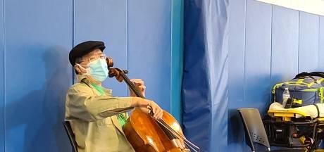 Yo-Yo Ma improvise un concert après son vaccin