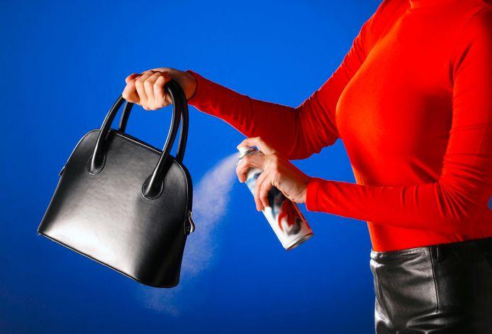 Zo onderhoud je een lederen handtas.