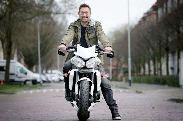 Stee Witte is afgelopen jaar voor het eerst op de motor gestapt, in eerste instantie om files te vermijden.