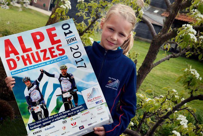 Kiara (9) doet mee met Alpe D'Huez.