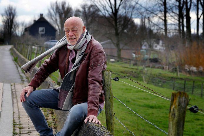 Voormalig De Dordtenaar-verslaggever Piet Hartman schrijft nu nog steeds.