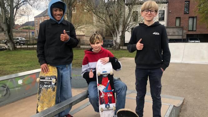 """Hoegaardse jeugd tevreden met nieuwe skate-toestellen: """"Een hele verbetering, al mag het terrein nog ietsje groter"""""""