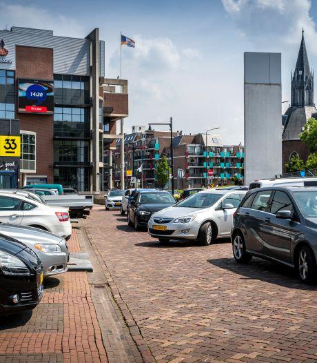 Parkeerbeleid in Helmond op de schop; minder plek bovengronds, wel meer deelauto's en garages