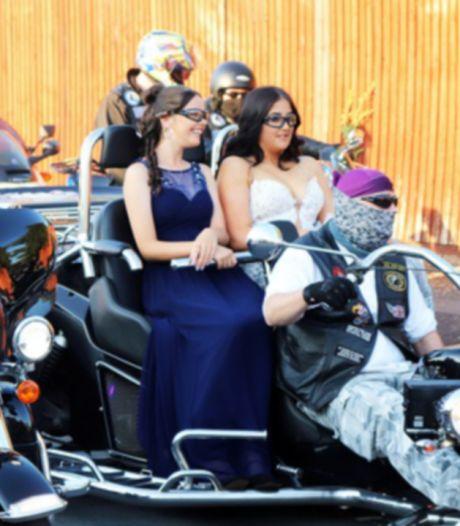 Une jeune fille harcelée à l'école escortée au bal de promo par 300 motards