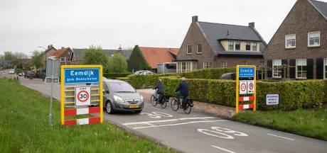 'Verlaag maximum snelheid van 30 naar 15 km/u op straten zonder voetpad'