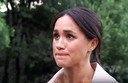 Een emotionele Meghan Markle.
