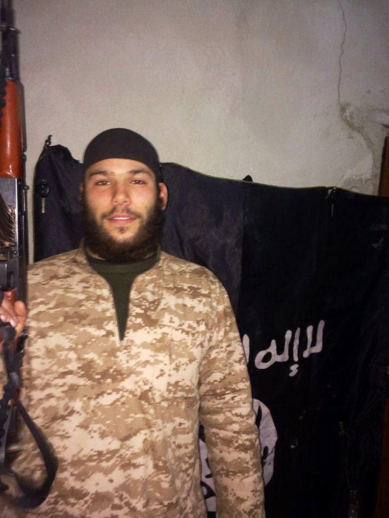 Osama Krayem: 'Toen we onze [metro]-tickets kochten, heb ik hem [Khalid El Bakraoui] gezegd dat ik het niet wou doen.'  Beeld RV