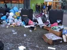 VVD fotografeert puinhoop: 'Omgekeerd inzamelen faalt'