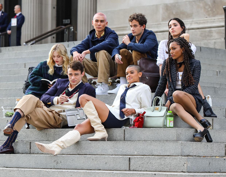 De cast van Gossip Girl 2.0.: minder wit en heteroseksueel, maar een pak diverser. Beeld HBO Max