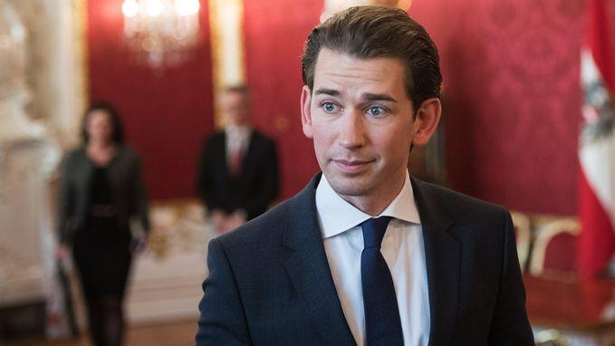 Oostenrijkse president benoemt conservatieve Kurz tot formateur