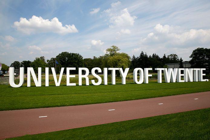 De Universiteit Twente gaat samenwerken met Team THRLL om onderzoek op esports-gebied naar een hoger niveau te tillen.