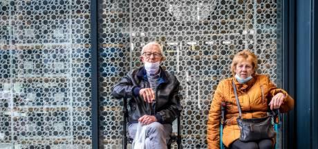 Joop (77) en Annie (79) hebben ruim acht jaar een LAT-relatie: 'Ik schreef dat ik haar een Valentijntje wilde brengen'