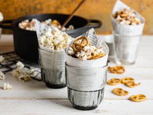 Wat Eten We Vandaag: Chocolade-pretzel popcorn & knoflook-Parmezaan popcorn
