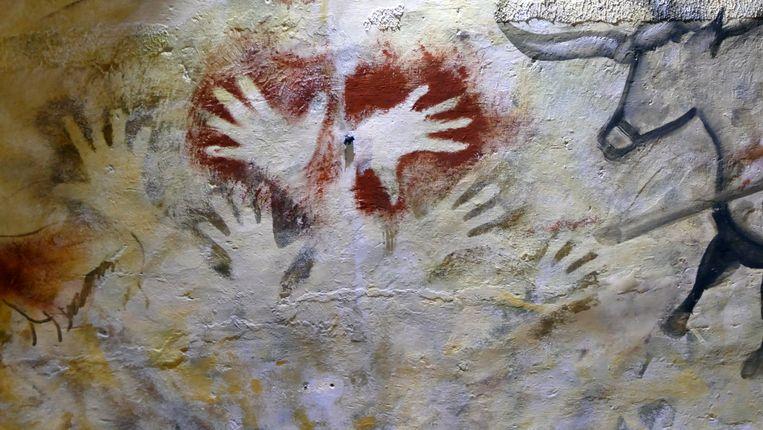 De handafdrukken in de grot van Altamira. Beeld Getty Images