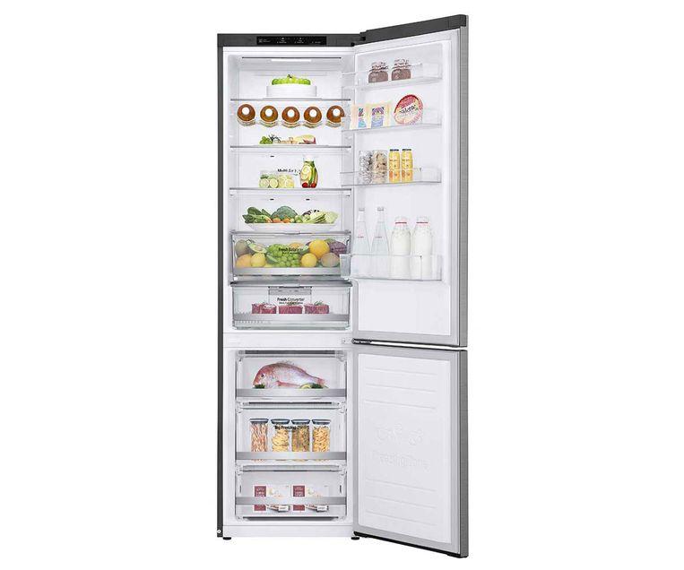 Een goed gevulde LG-koelkast uit de categorie met label A+++. Zo'n volle koelkast verbruikt altijd minder dan een die bijna leeg is.