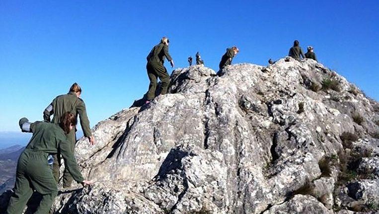 Januari 2012. De nationale hockeyselectie beklimt een berg bij Alicante bij wijze van teambuilding. Beeld