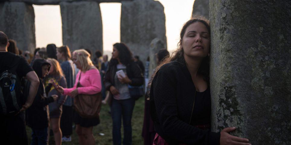 fotoreeks over Zo viert Stonehenge de langste dag