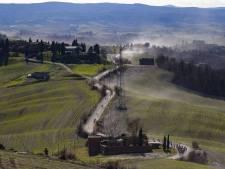 Strade Bianche in de Giro: het onheil van een lekke band op een onverharde strook