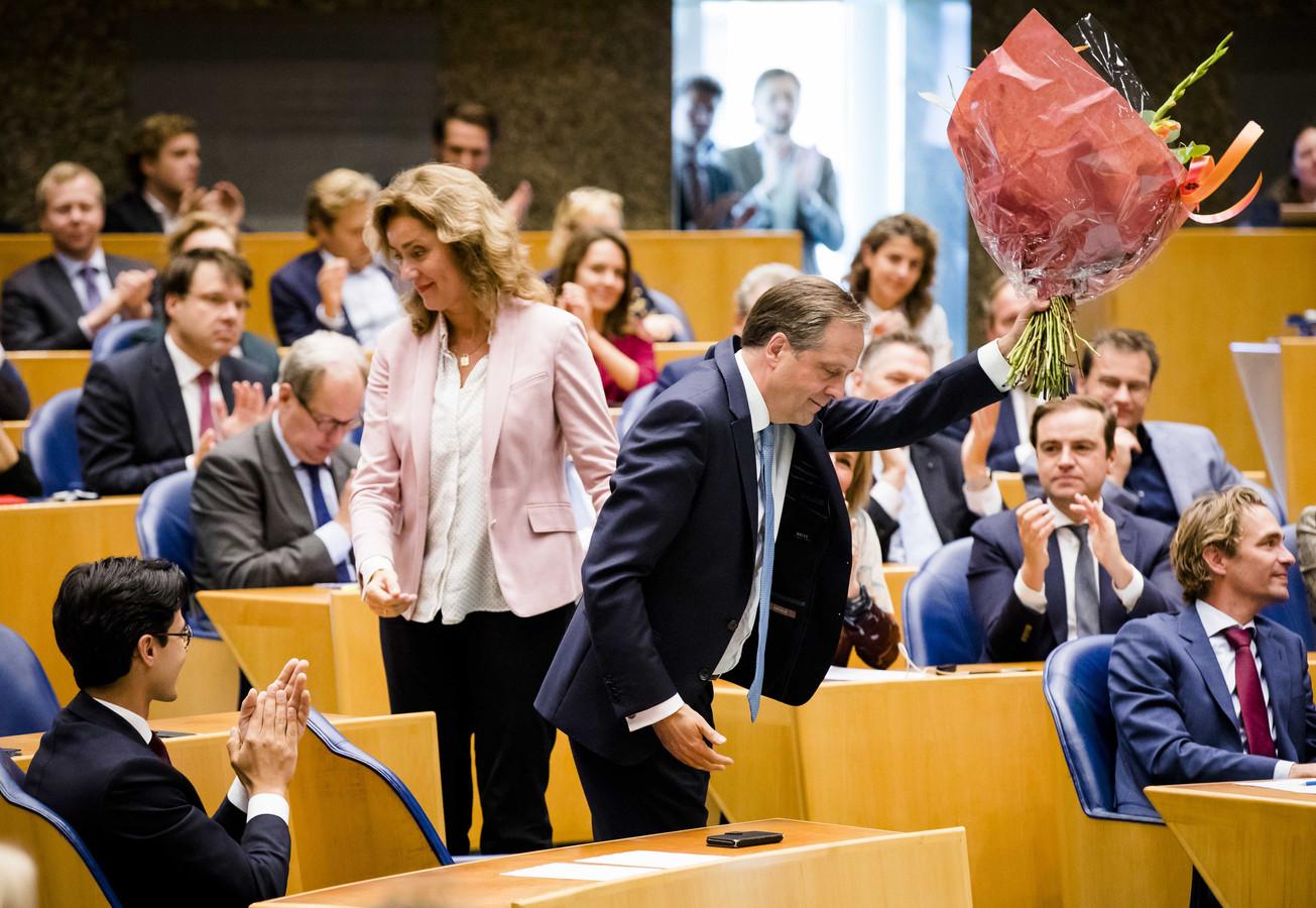 De Tweede Kamer neemt afscheid van scheidend D66-fractievoorzitter Alexander Pechtold.