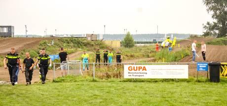 Motorcrosser zwaargewond naar ziekenhuis na val in Lelystad