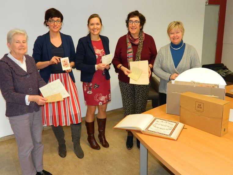 De oude oorlogsbrieven werden in het College ten Doorn gevonden.