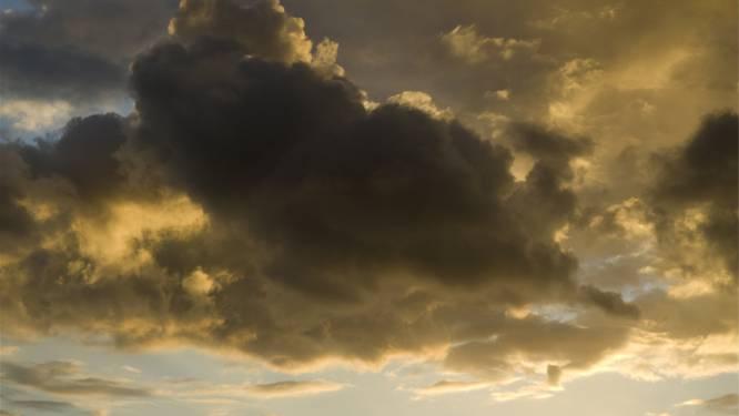 Gedaan met het mooie lenteweer: eerst nog opklaringen, daarna buien