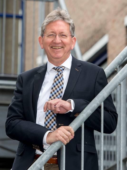 Rector Lex van Drongelen, Pax Christi College.