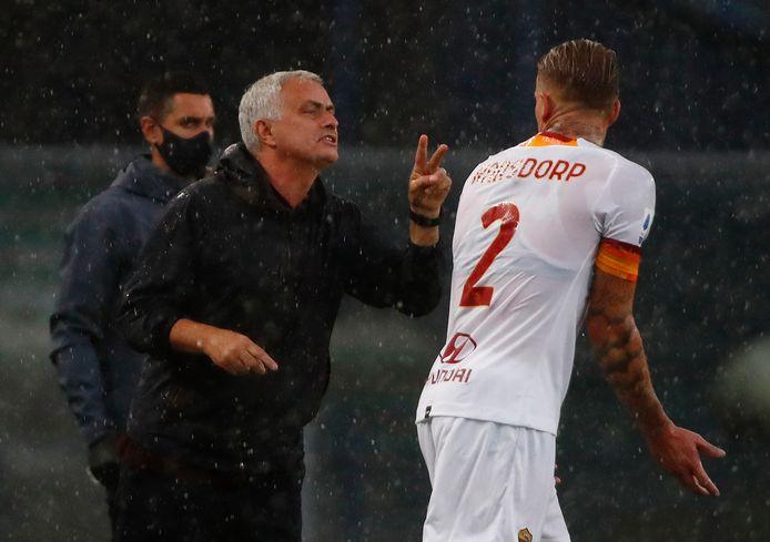 José Mourinho met Rick Karsdorp.