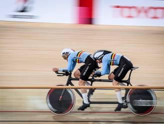Eerste Belgische medaille op Paralympische Spelen: Hoet en Monsieur veroveren brons in de 1 km tijdrit